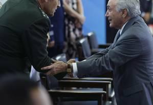 Em reunião com Temer, general defende 'garantias' para militares no Rio. Arquivo 06/04/2017 Foto: Ailton de Freitas / Agência O Globo