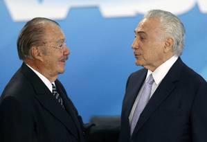 Ministro do Planejamento, Dyogo Oliveira, ao lado do presidente Michel Temer Foto: Jorge William / Agência O Globo