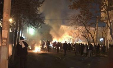 Protestos no Irã deixaram mortos, feridos e centenas de presos Foto: Reprodução Twitter