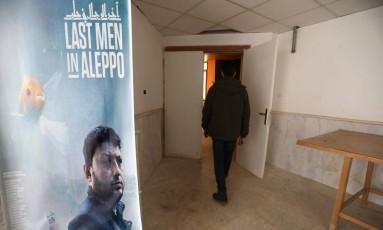 """Produtor e personagem do documentário """"Últimos homens em Aleppo"""" estão impedidos de entrar nos EUA Foto: OMAR HAJ KADOUR / AFP"""