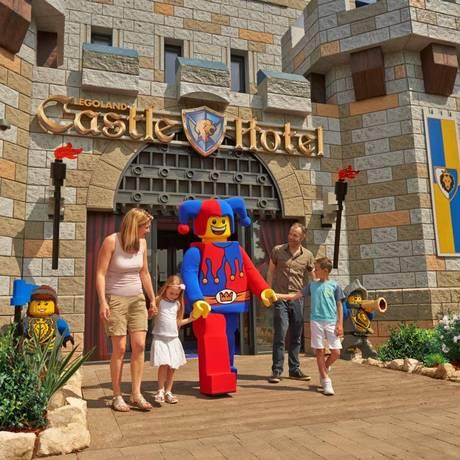 O Castle Hotel tem decoração inspirada no universo de cavaleiros, princesas e dragões Foto: Divulgação
