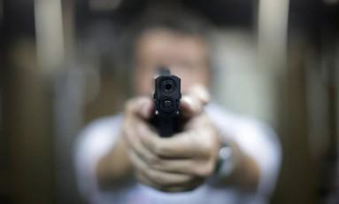 Câmara dos Deputados planeja facilitar posse de arma no Brasil Foto: Márcio Alves / Agência O Globo