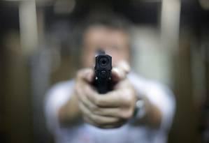 Flexibilização da posse de armas é um dos projetos polêmicos da Câmara dos Deputados Foto: Márcio Alves / Agência O Globo