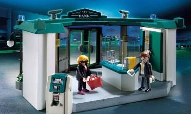 O Ministério Público de Minas Gerais e a distribuidora Sunny Brinquedos firmaram um acordo para que o Playmobil City Action Bank fosse retirado do mercado Foto: Reprodução