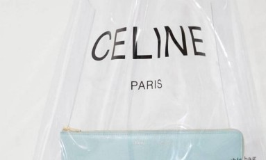 A sacola de plástico da Céline: item de luxo Foto: Reprodução/Instagram