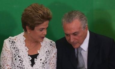 Ex-presidente Dilma Rousseff e Michel Temer no Palácio do Planalto Foto: André Coelho / Agência O GLOBO