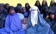Novo vídeo mostra as meninas de Chikon, jovens sequestradas pelo Boko Haram em 2014: teme-se que o grupo tenha realizado novo sequestro Foto: HANDOUT / AFP