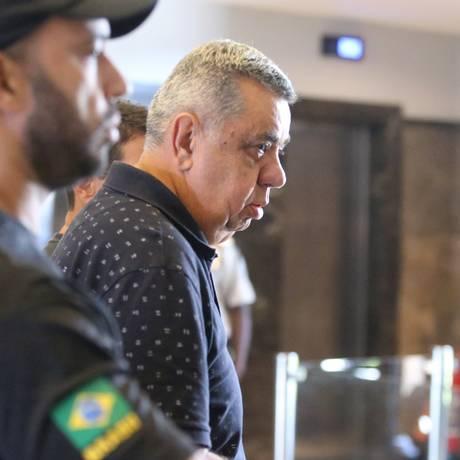 O deputado estadual Jorge Picciani, ao se entregar à Polícia Federal Foto: Fabiano Rocha / Agência O Globo/14-11-17
