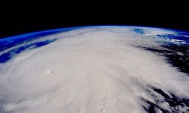 Furacão Patricia, o mais poderoso já registrado, com ventos de 345 km/h Foto: NASA
