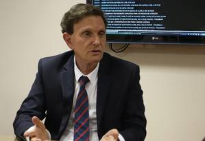 MP instaura inquérito para apurar se mãe de Crivella furou fila Foto: Ailton de Freitas / Agência O Globo