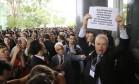 Procuradores e juízes fazem ato no STF em defesa de suas categorias, com protesto contra projetos que, segundo eles, atacam prerrogativas de seus cargos Foto: Jorge William / Agência O Globo / 1-2-18