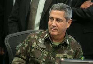 O general Braga Netto, que está no comando da intervenção federal na segurança do Rio Foto: Alan Santos