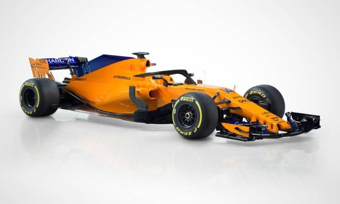 F1: McLaren apresenta carro laranja com inspiração no passado