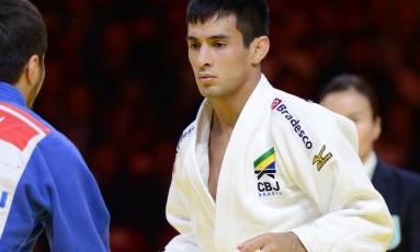 Eric Takabatake conquistou o bronze na Alemanha Foto: Paulo Pinto/CBJ