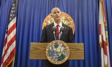 O governador da Flórida, Rick Scott, apresentou propostas para a segurança das escolas Foto: Mark Wallheiser / AP