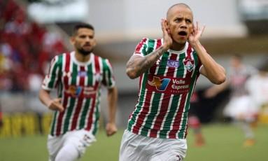 Marcos Junior marcou duas vezes na vitória tricolor Foto: Lucas Merçon / Agência O Globo