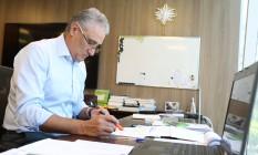 Tite no seu escritório em foto de arquivo Foto: Fernando Lemos