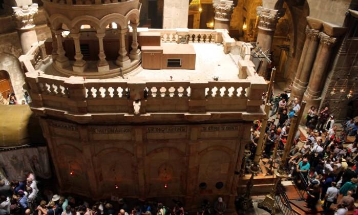 Igreja do Santo Sepulcro em Jerusalém reabre na quarta-feira