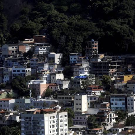 O Morro do Vidigal Foto: Custódio Coimbra / Agência O Globo / 17.07.2014