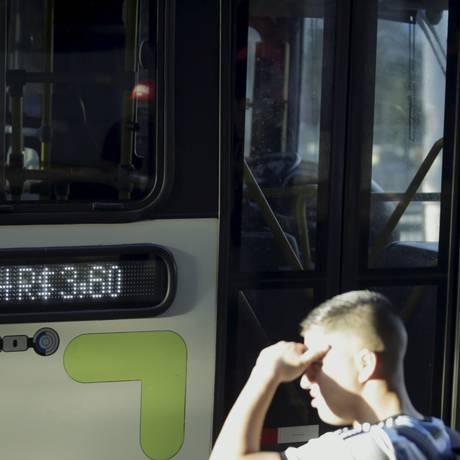 Tarifa custa R$ 3,60 nesta terça-feira Foto: Gabriel de Paiva / Agência O Globo