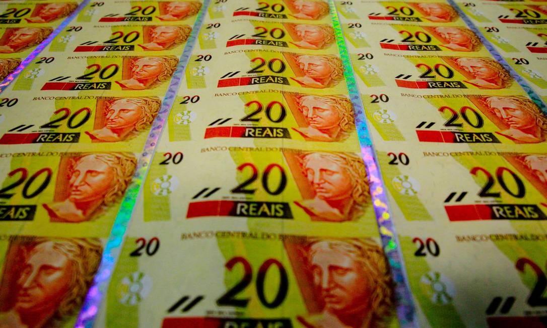 Fabricação de novas notas na Casa da Moeda Foto: Pedro Kirilos/Agência O Globo/24-04-2012
