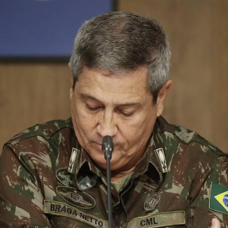 O interventor general Braga Netto Foto: Gabriel de Paiva - 27/02/2018 / Agência O Globo