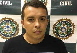 Elton foi preso em Ipanema, na noite desta terça-feira Foto: Divulgação/Polícia Civil