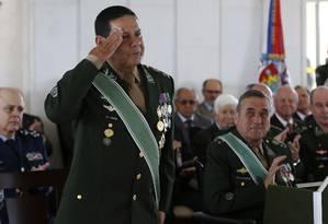 Cerimônia de despedida do general Antônio Hamilton Mourão de suas atividades como militar Foto: Michel Filho / Agência O Globo