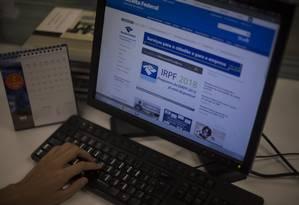 No primeiro dia, Receita Federal já recebeu mais de 125 mil declarações Foto: Alexandre Cassiano / Agência O Globo
