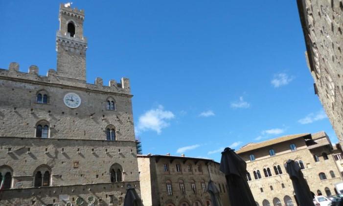 Volterra é conhecida por suas igrejas e museus - Carla Lencastre Foto: Carla Lencastre