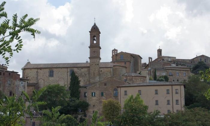 Montepulciano é a terra do Vino Nobile Foto: Cláudia Sarmento