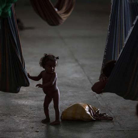 Criança venezuelana em abrigo em Boa Vista: surto de sarampo leva à campanha de vacinação Foto: Mauro Pimentel / AFP