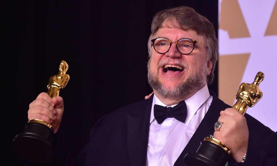 Guillermo del Toro foi o terceiro mexicano a vencer o Oscar de direção Foto: FREDERIC J. BROWN / AFP