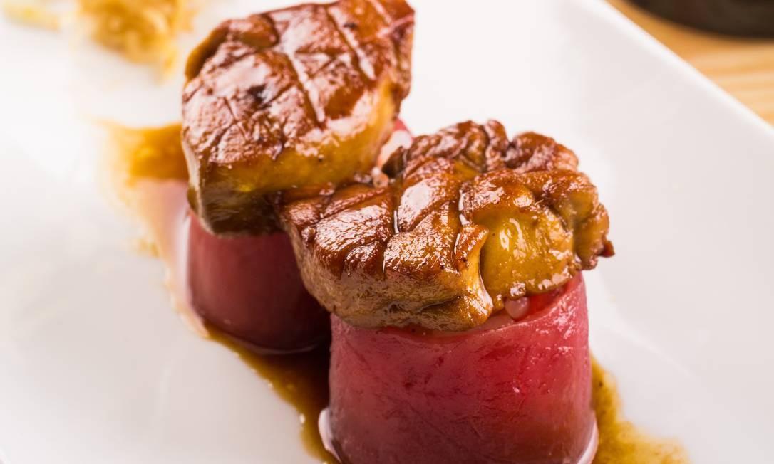Naga. No do grupo paulistano Nagayama, tem duo de atum com foie gras (dupla por R$ 38). VillageMall. Av. das Américas 3.900, 3º piso, Barra (3252-2567). Tomas Rangel / Divulgação/Tomas Rangel