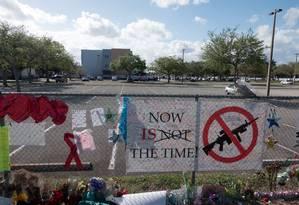 Massacre na escola de Parkland levou senadores da Flórida a reverem lei estadual sobre venda de armas Foto: STRINGER / REUTERS