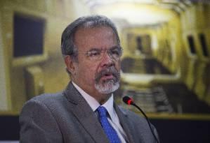 Ministro da Segurança Pública, Raul Jungmann participou de feira de segurança no Expo Center Norte, em São Paulo Foto: Edilson Dantas / Agência O Globo