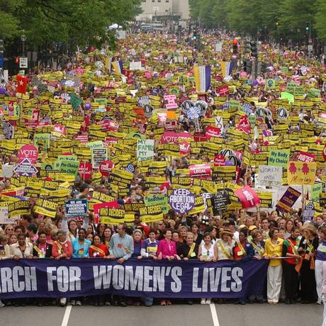 A marcha das mulheres, em Washington Foto: AP Photo/Susan Walsh