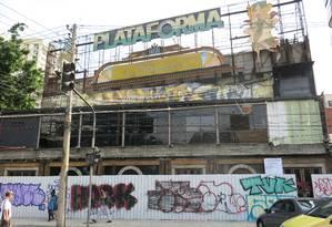 O imóvel onde funcionava a antiga Plataforma está em fase de demolição Foto: Patricia de Paula