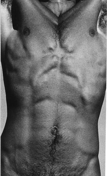Alair Gomes na Galeria Luciana Caravello Arte Contemporânea recebe 40 imagens de caráter voyeurístico feitas entre 1960 e 1980 pelo fotógrafo morto em 1992. (Rua Barão de Jaguaripe 387, Ipanema), de segunda a sexta, das 10h às 19h e aos sábados, das 11h às 15h. Até 19 de abril Foto: Divulgação