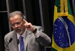 O ministro da Segurança Pública, Raul Jungmann, discursa no Senado Foto: Ailton de Freitas / Agência O Globo