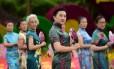 Chinesas participam de comemoração que antecede o Dia Internacional da Mulher