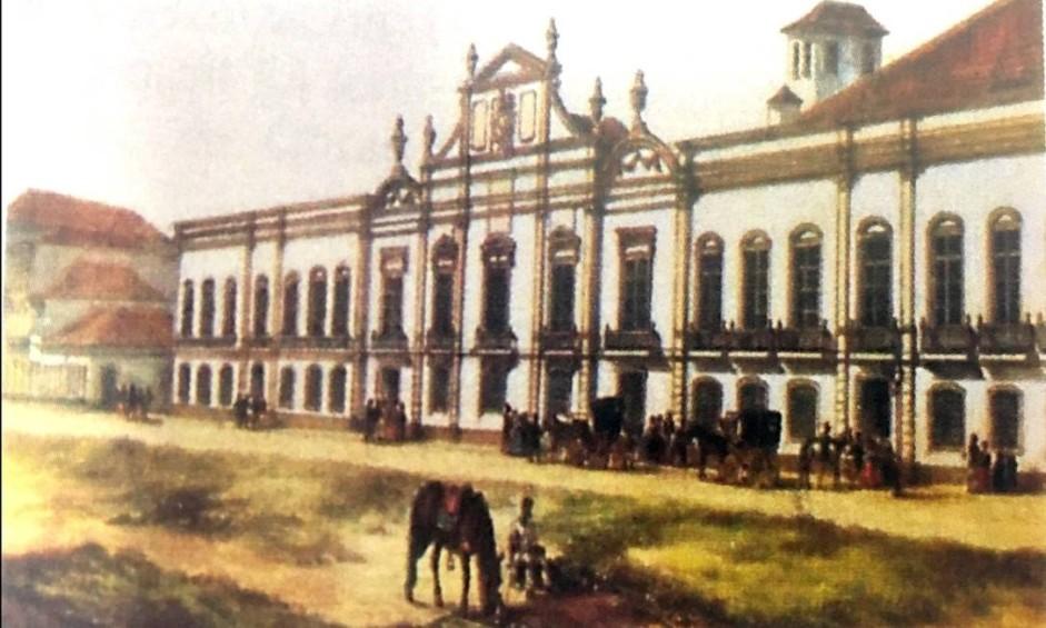 No passado, a Praça da República abrigou uma Praça de Touros e o primeiro Museu Real, criado por Dom João em 1818. O antigo casarão, que abrigou o Arquivo Nacional no começo do século XX, foi transferido para a Casa da Moeda em 1986. Por dez anos, funcionou no imóvel o Tribunal de Justiça do estado, que ali instalou o Departamento Geral de Arquivo e Documentação Histórica e o Museu da Justiça. O prédio ficou sem uso de 1998 até o ano de 2009, quando foram iniciadas as obras de restauração, concluídas este ano. Pintura do Palacete do Museu Nacional, 1864 - P.G. Bertichen Foto: Divulgação