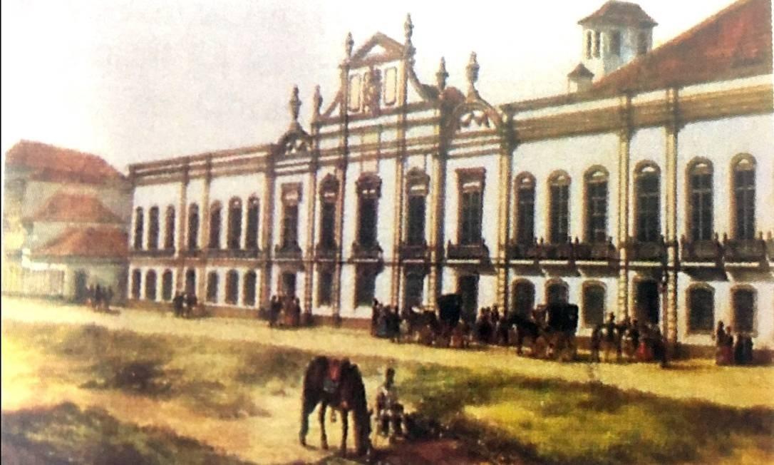 No passado, a Praça da República abrigou uma Praça de Touros e o primeiro Museu Real, criado por Dom João em 1818. O antigo casarão, que abrigou o Arquivo Nacional no começo do século XX, foi transferido para a Casa da Moeda em 1986. Por dez anos, funcionou no imóvel o Tribunal de Justiça do estado, que ali instalou o Departamento Geral de Arquivo e Documentação Histórica e o Museu da Justiça. O prédio ficou sem uso de 1998 até o ano de 2009, quando foram iniciadas as obras de restauração, concluídas este ano. Pintura do Palacete do Museu Nacional, 1864 - P.G. Bertichen Divulgação