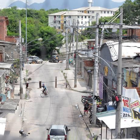 Barricadas do tráfico na Cidade de Deus Foto: Marcio Alves / Agência O Globo / 07-03-2018