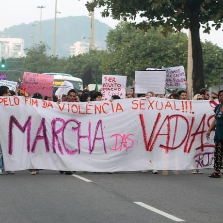 A Marcha das Vadias de 2011, em Copacabana Foto: Bruno Gonzalez