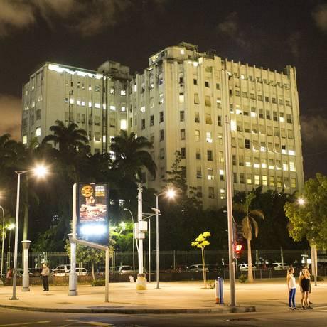 Fachada do Hospital dos Servidores do Estado Foto: Mônica Imbuzeiro / Agência O Globo