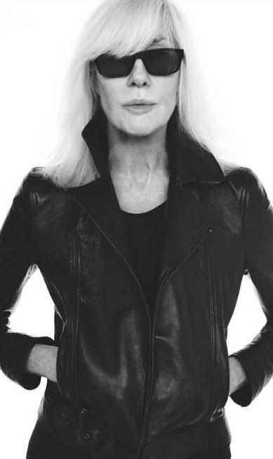 """Segundo a revista """"W"""", ela conheceu Yves numa boate parisiense, em 1967 Divulgação"""