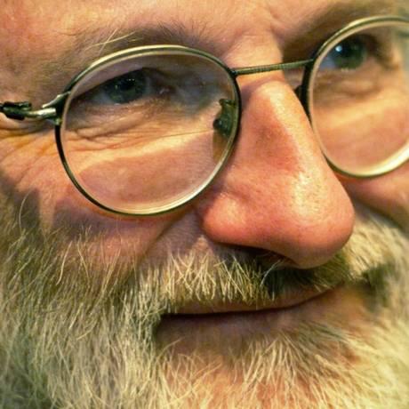 O vencedor do Nobel de Medicina John Sulston Foto: AFP / ADRIAN DENNIS