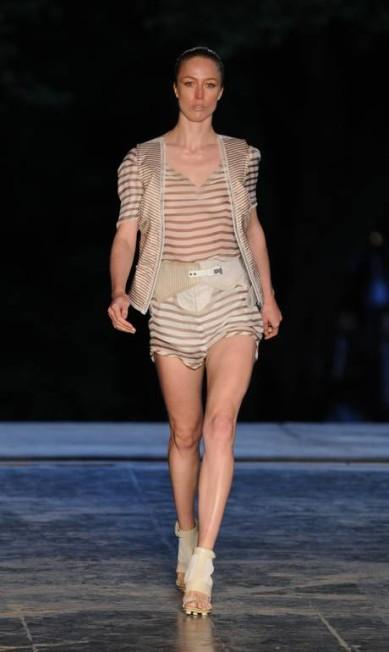 No Brasil, Raquel Zimmermann teve uma longa relação com a grife carioca Animale. Aqui, a modelo no desfile de verão 2011 da marca na São Paulo Fashion Week Caroline Bittencourt / LatinContent/Getty Images