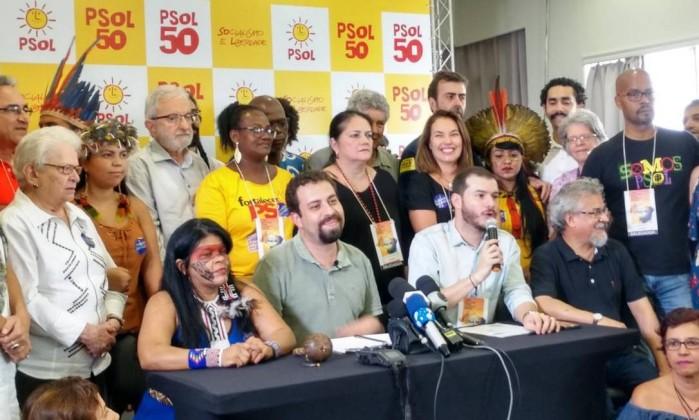 PSOL lança Guilherme Boulos como pré-candidato a presidente da República